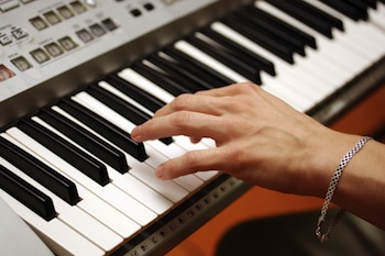 synthesizer songwriter