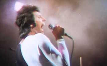 """Freddie Mercury - Queen """"We Are the Champions"""""""